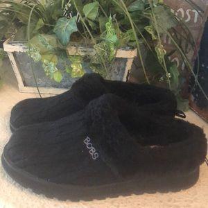 NWOT Bobs by sketchers memory foam black slippers